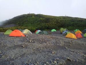 蝶ケ岳のテン場